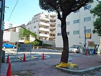 タイムズ兵庫駅前(駐車場)の入り口写真