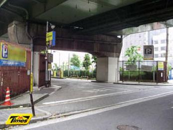 大阪市立西横堀駐車場 第12号ブロックの画像