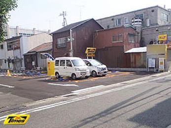 タイムズ長田浜添通(駐車場)の入り口写真