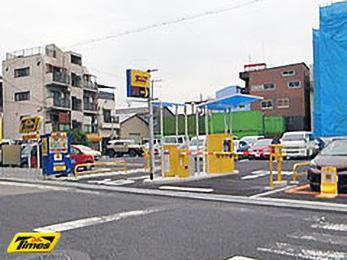 タイムズ神戸七宮町第2(駐車場)の入り口写真