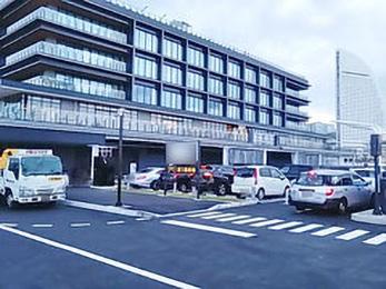 横浜 ハンマー ヘッド